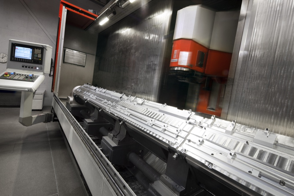 Aluminium machining at Mifa